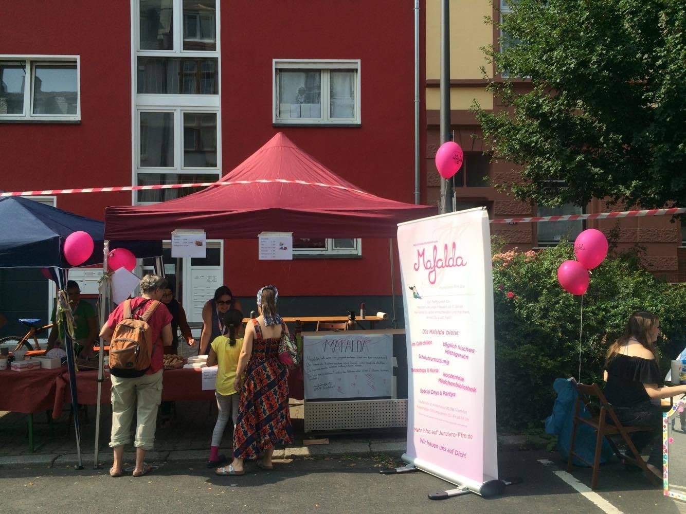 Mafalda Stand beim Rotlintstraßenfest